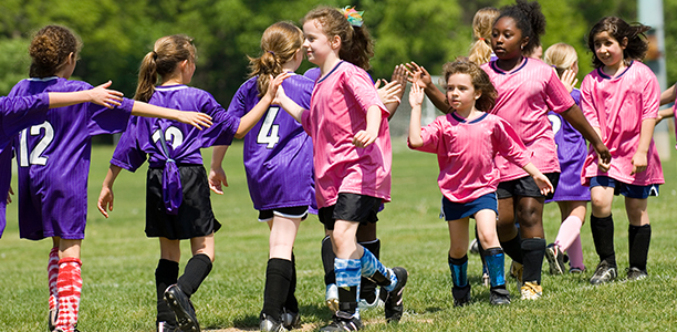 6 Ways to Help Your Kids Learn Sportsmanship