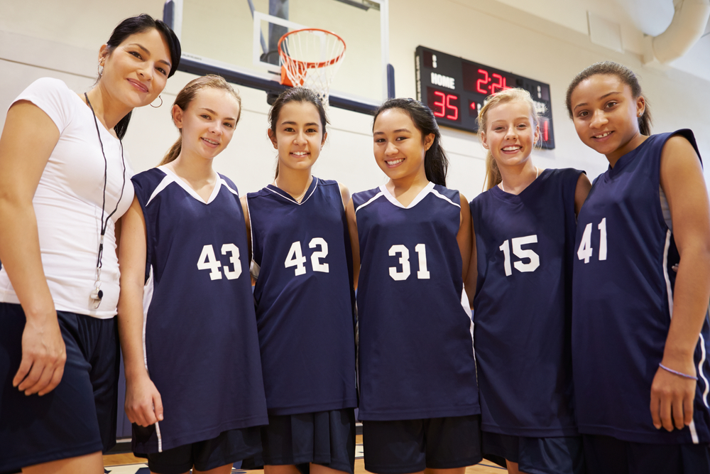 8 Essential Communication Tips for Youth Sports Coaches